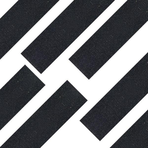 פס החלקה שחור בגליל
